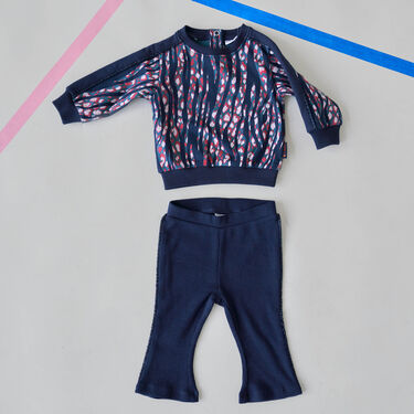 Sweater & rib broek flair -