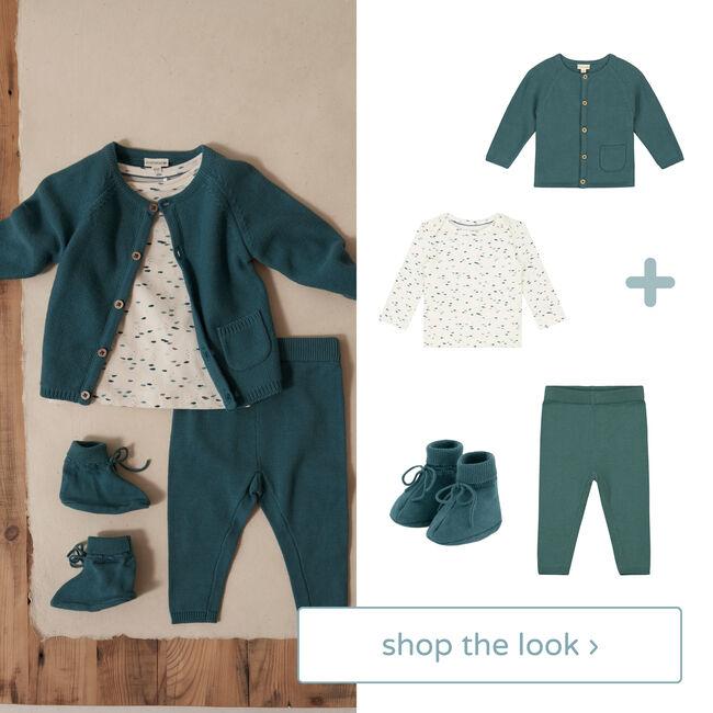 Shop the look - vest, shirt, broek en slofjes -