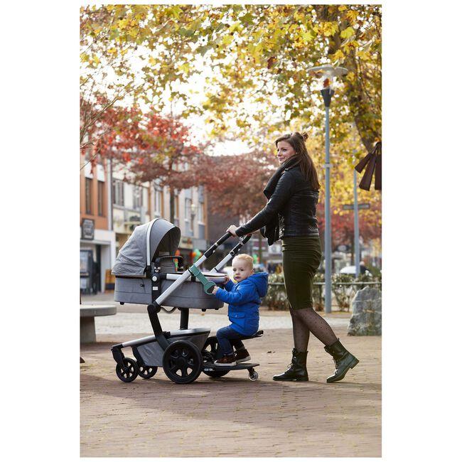 EVE Kids Kid-Sit meerijdstoeltje / meerijdplankje - Black/Black